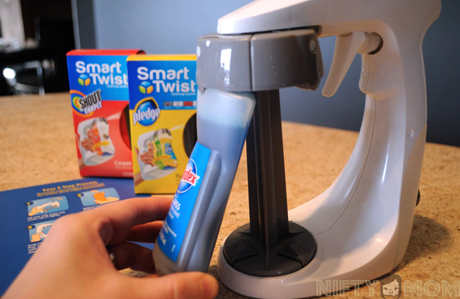 How to Use the Smart Twist Cleaning System