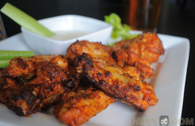 Grilled Tyson Hot Wings - Perfect for Father's Day #MealsTogether #cbias