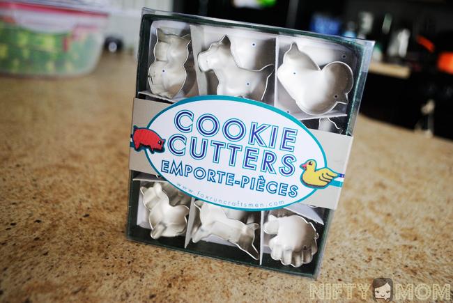 Mini Animal Cookie Cutters on Amazon