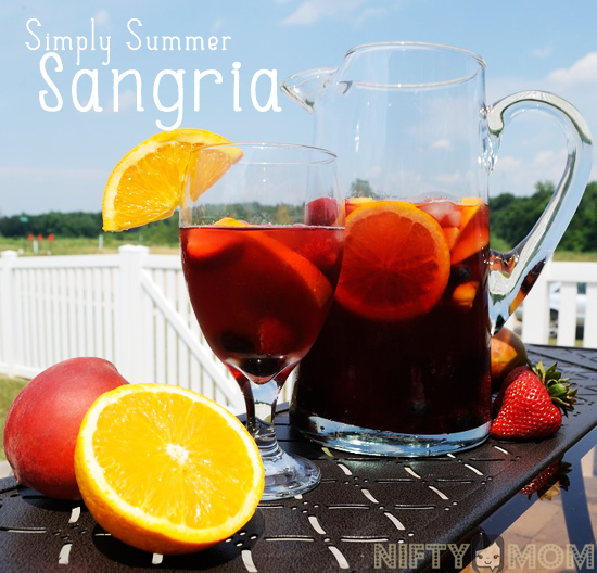 How to Make Sangria with Raspberry and Peach Herbal Tea #BigelowTea