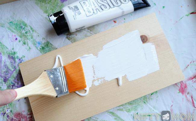 DIY Wood Photo Display for Instagram Photos #WalgreensApp #cbias #shop