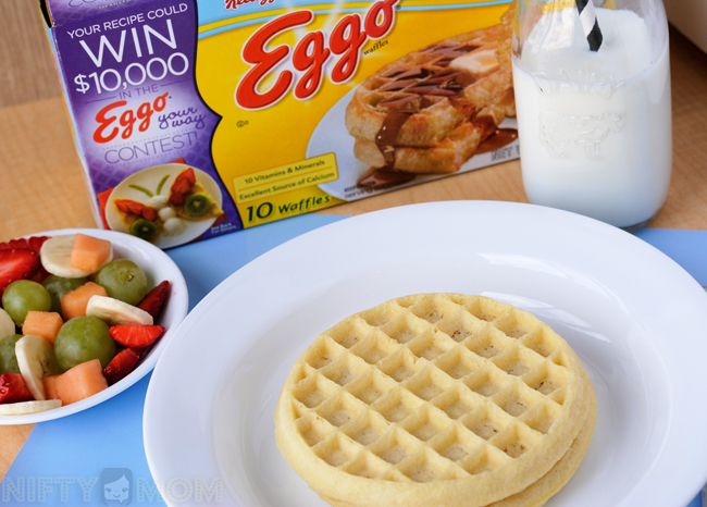 Eggo Waffles for a Snack #FROZENFun #shop