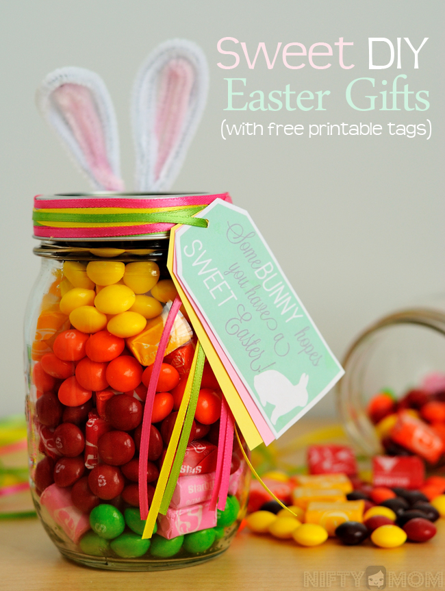 Sweet DIY Easter Gifts with Free Printable Tags #VIPFruitFlavors #shop