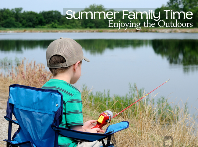 Summer-Family-Time-Outdoors