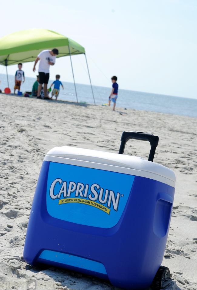 Capri Sun Cooler at the Beach #CapriSunMomFactor