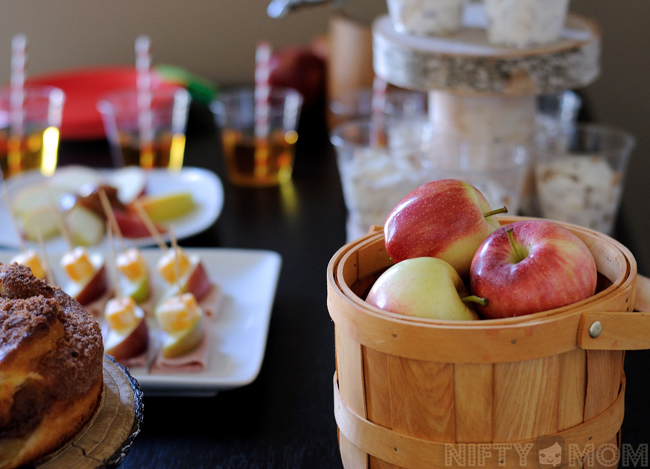 Apple Themed Lunch Party with Fall Decor #TrySamsClub #shop