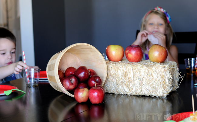 Apple Themed Lunch Party Kids Table #TrySamsClub #shop
