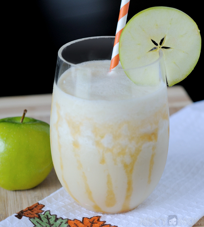 Caramel Apple Smoothie with Apple Garnish