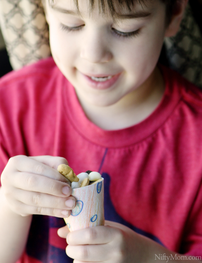 Kid Friendly S'mores Snack Mix with DIY Snack Cones #GoldfishTales