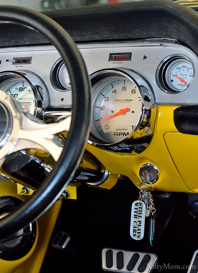 67 Ford Mustang Gauge Panel + DIY 'Still Plays with Cars' Keychain Tutorial