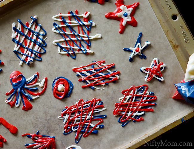 Using candy melts to make Fourth of July Cupcake Toppers