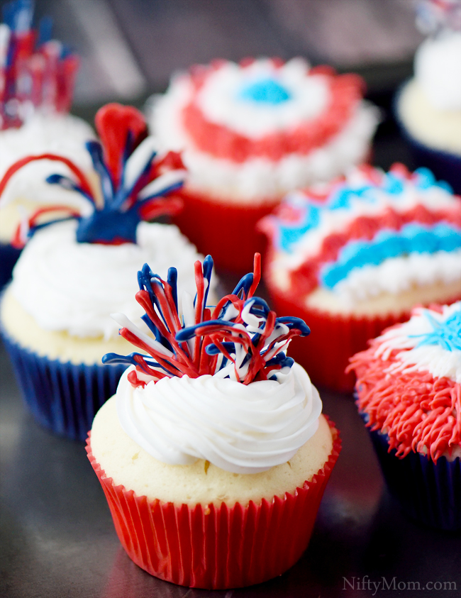 Red, White & Blue cupcake ideas including fireworks using candy melts