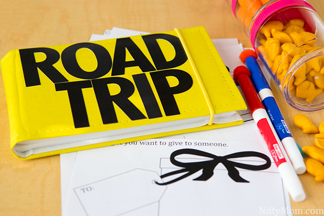 DIY Road Trip Activity Book #GoldfishCrowd