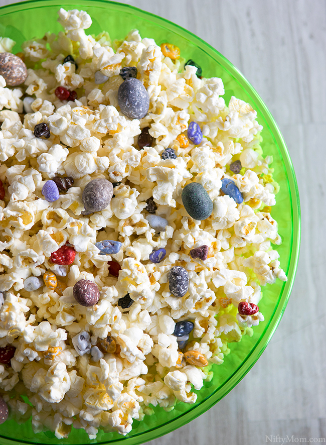 Dino-Inspired Popcorn Mix (that's chocolate rocks & candy in the popcorn!)