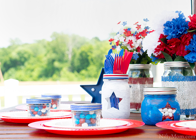 DIY Mason Jars & Outdoor Table Decor Ideas