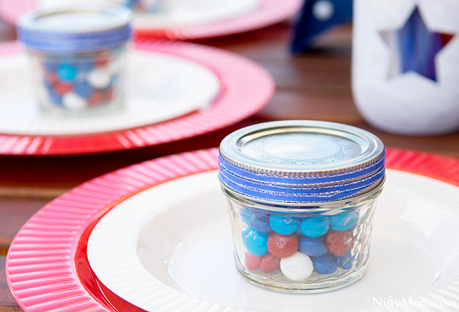DIY Mason Jars & Outdoor Table Decor Ideas