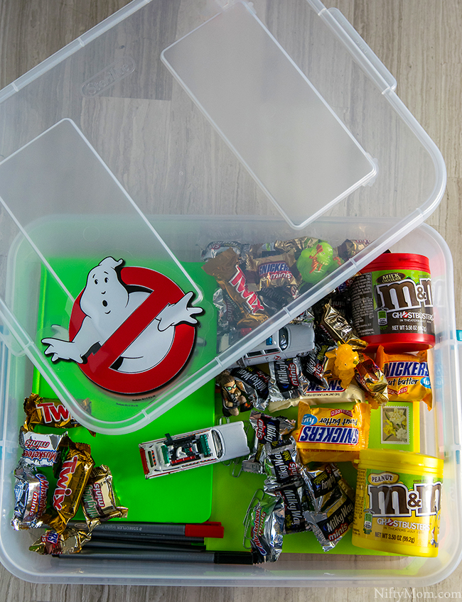 ghostbusters-keep-in-touch-box-distance