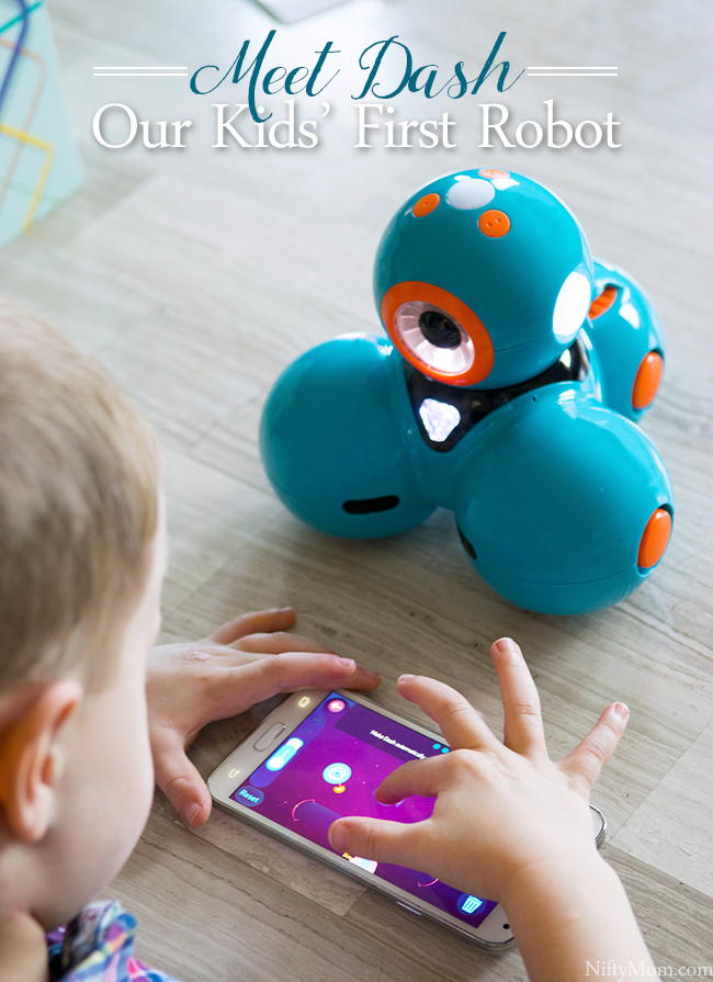 Meet Dash - A Kid-Friendly Robot that helps teach coding!
