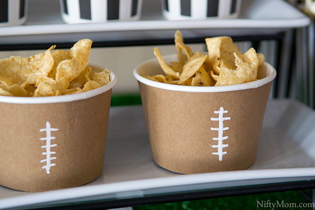 diy-football-treat-cups