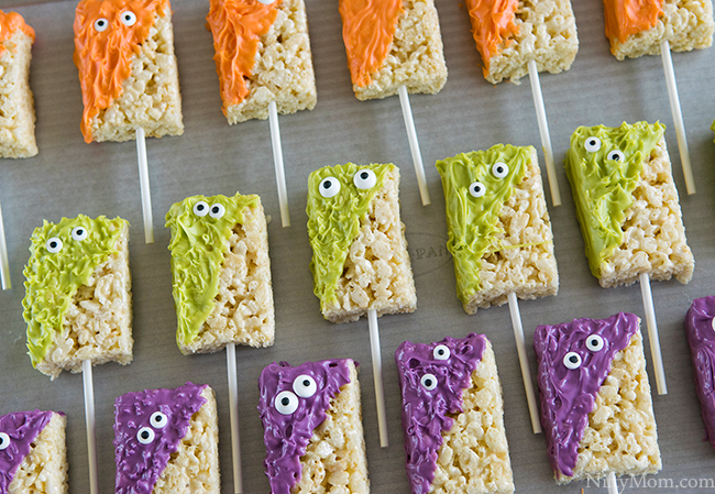 How to Make Monster Halloween Treats made with Rice Krispies Treats