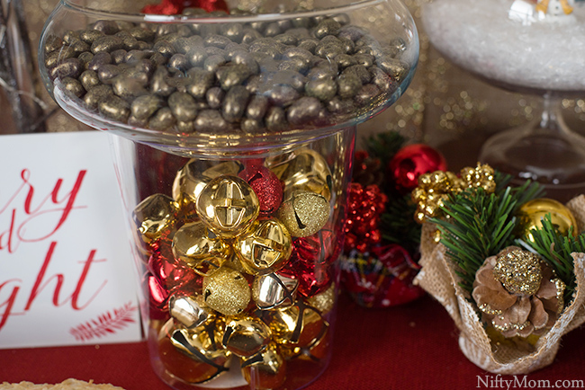 holiday-table-bell-decor