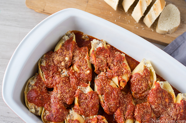 Easy Baked Stuffed Shells Recipe (with ground beef and cheese)