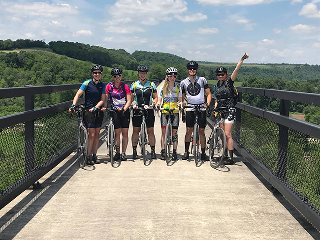 team-bike-beyond-bridge