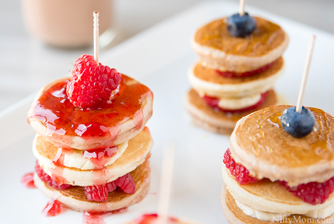 bananas-rasberries-mini-pancake-stacks