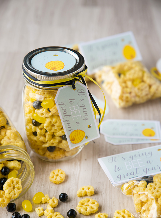 First Day of School Honeycomb Snack Mix & Gift Tag Printables