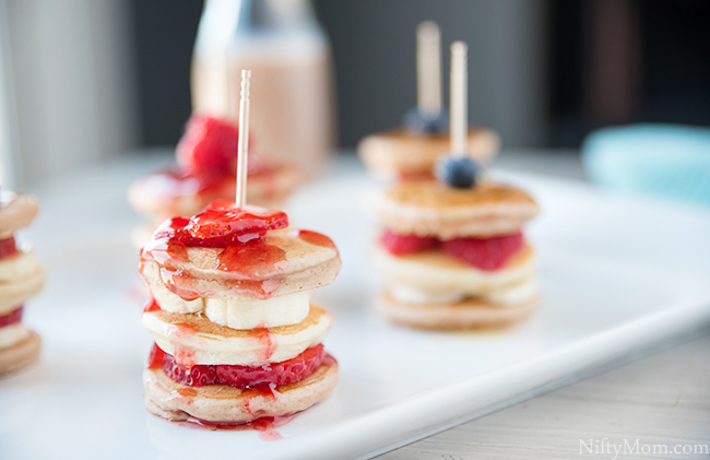 mini-fruit-pancake-stacks
