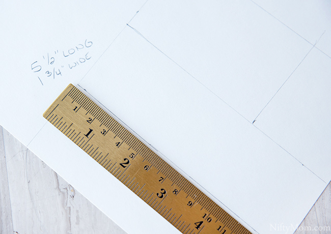 posterboard-pen-holder-diy