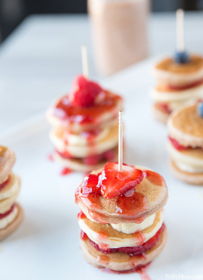strawberry-banana-mini-pancake-stacks