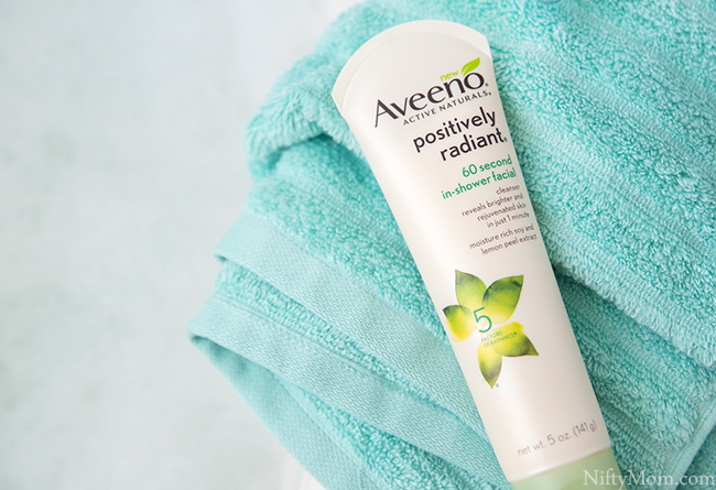 AVEENO-in-shower-facial