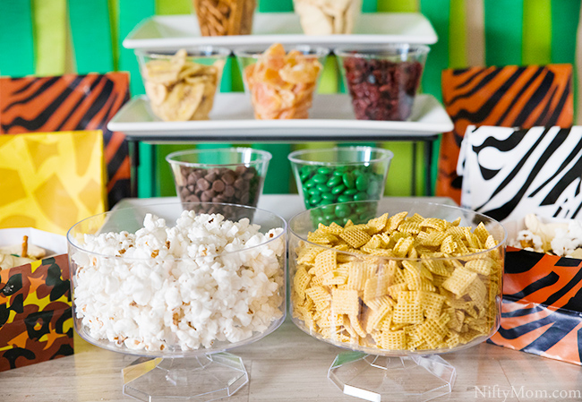 Jungle Snack Mix Bar