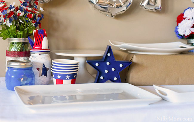 olympic-team-usa-party-table-decor
