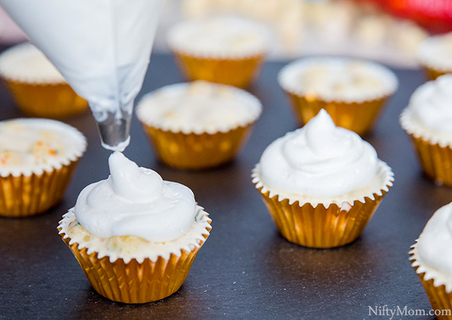Mini Ice Cream Bites {Easy Dessert Idea}