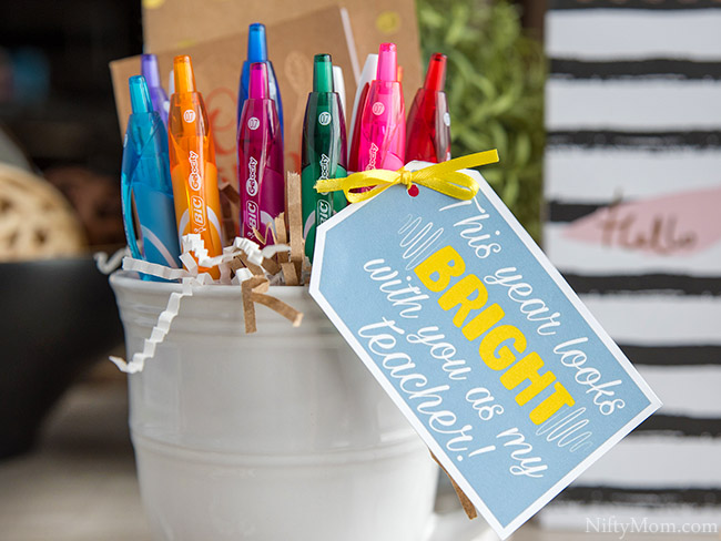 First Day of School Teacher Gift Idea {with Free Printable Tag}